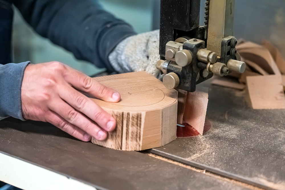 how to fix scroll saw vibration